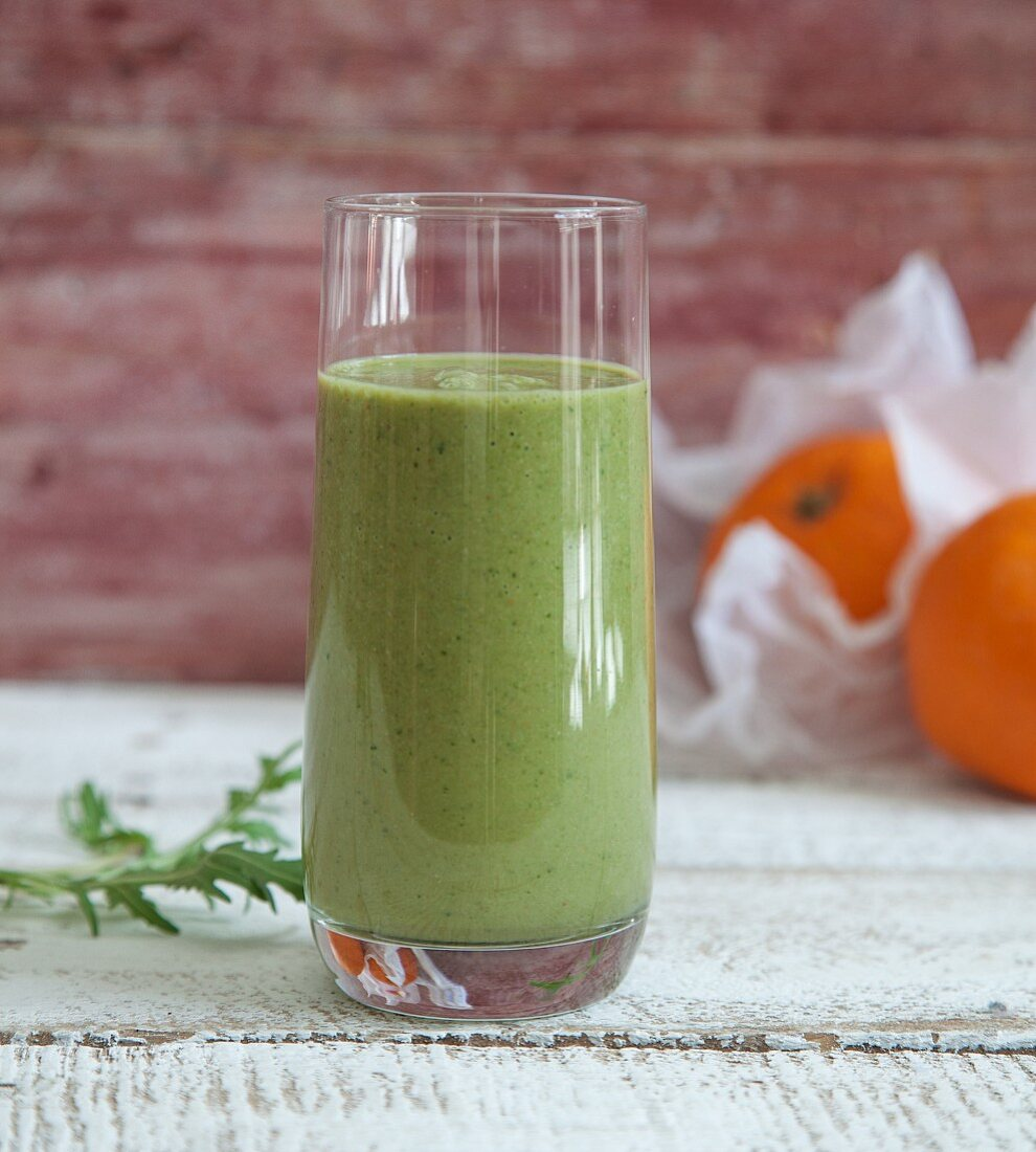 A vitamin C smoothie made with blood oranges, pears, rocket and figs