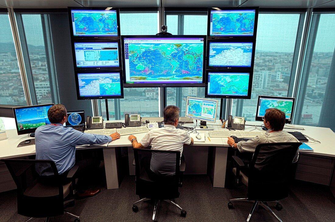 Container ship navigation centre