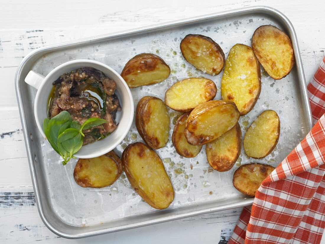 Baked potatoes with an aubergine dip