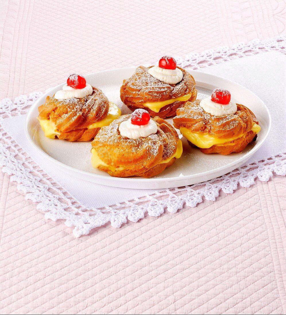 Zeppole di San Giuseppe (Italian fried doughnuts)