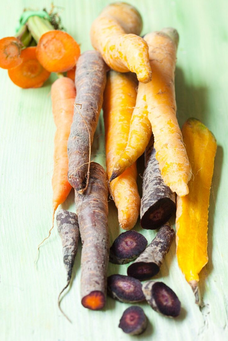 Different coloured organic carrots