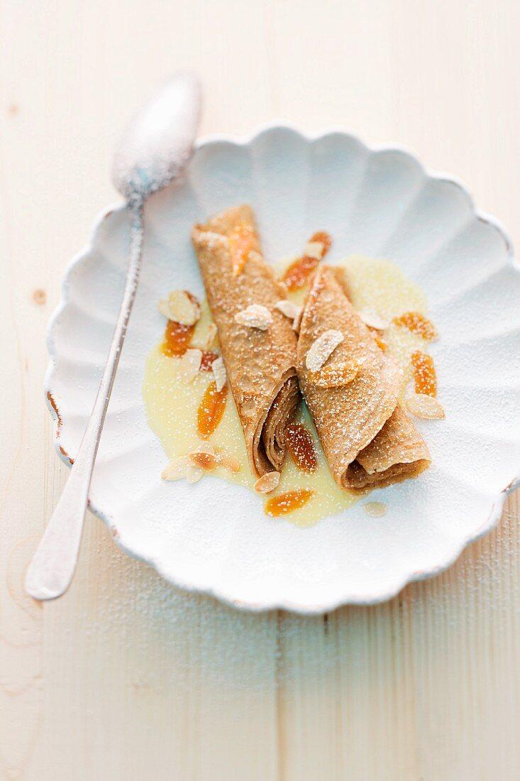 Almond and cinnamon crepes