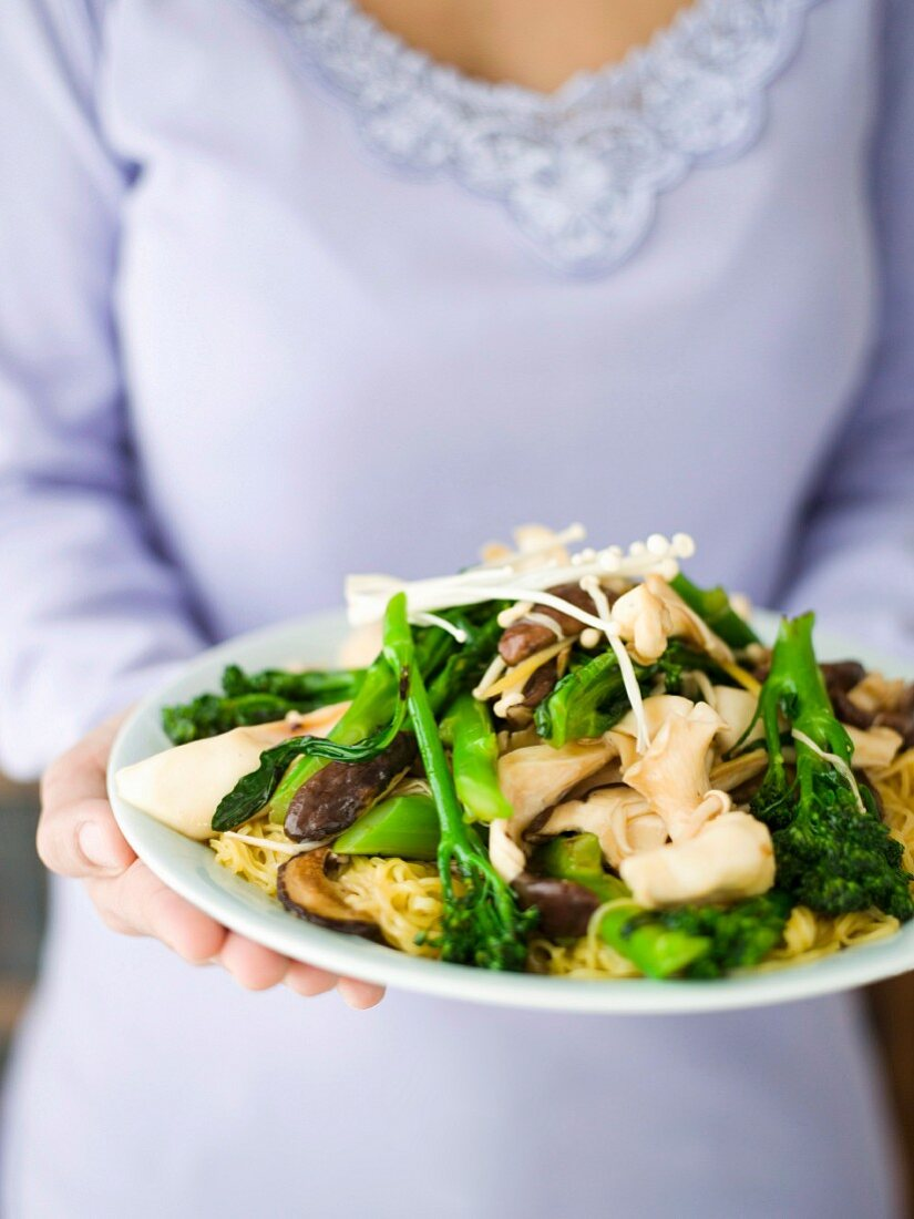 Stir-fried Mixed Mushrooms with Egg Noodles