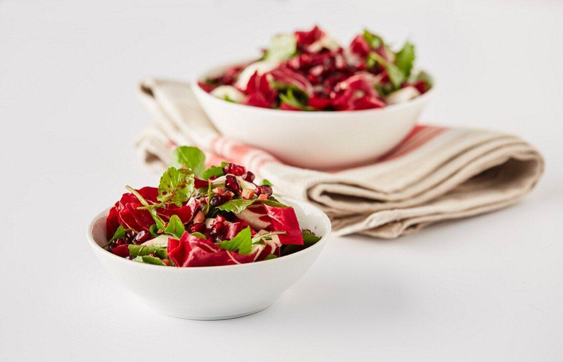 Winter salad with rocket, radicchio and pomegranate
