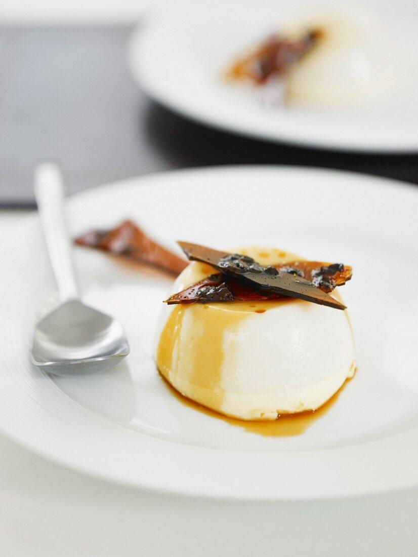 Vanilla Panna Cotta with Coffee Bean Brittle