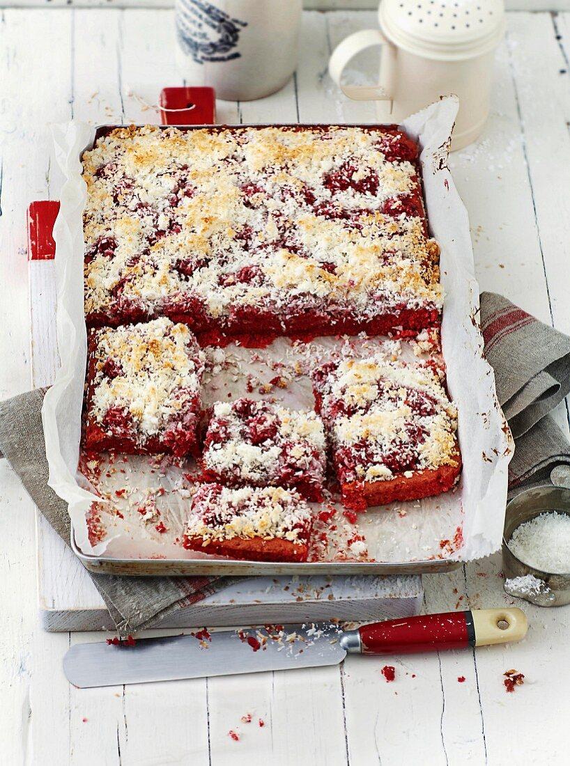 Red Velvet slices with raspberries (USA)