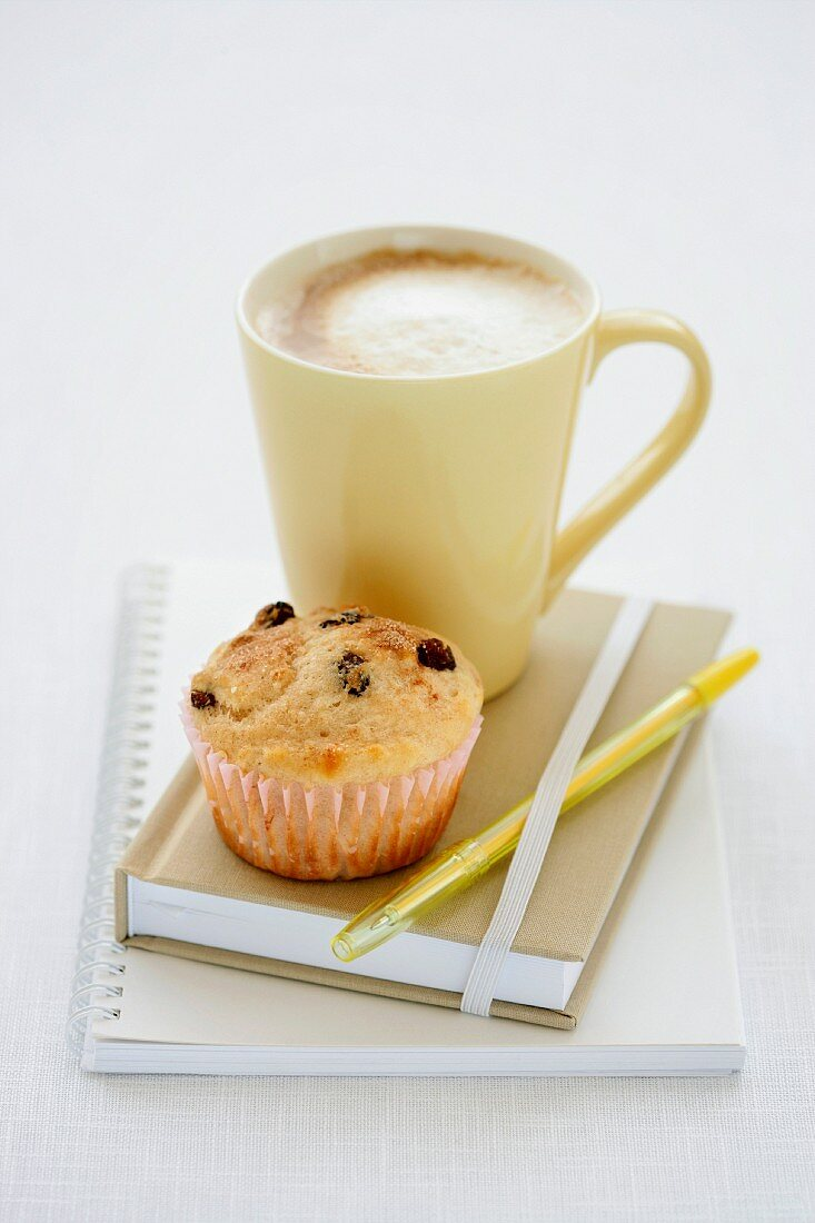 Lunch Box Legends - Cup of Coffee, Buttermilk and Sultana Muffins