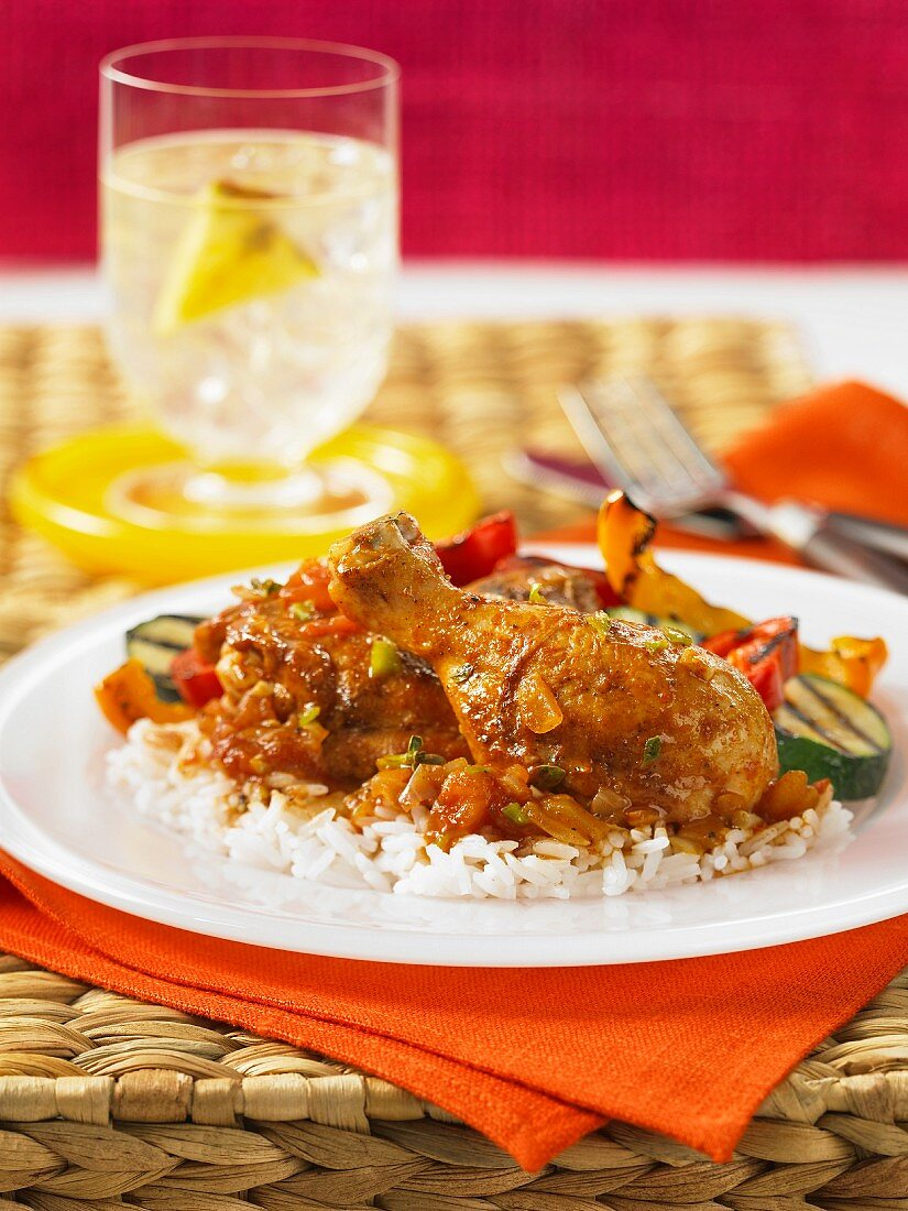 Spicy chicken with ginger, vegetables and rice (Jamaica)