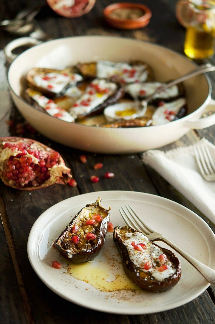 Gratinated mini aubergines with pomegranate seeds (Middle East)