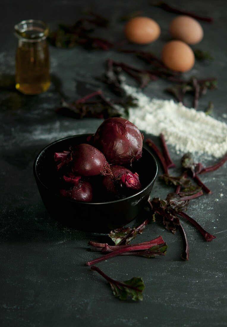 Cooked beetroot in a bowl