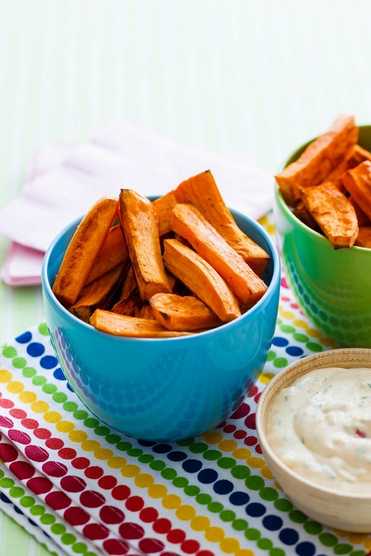 Sweet potato chips with a creamy corn dip
