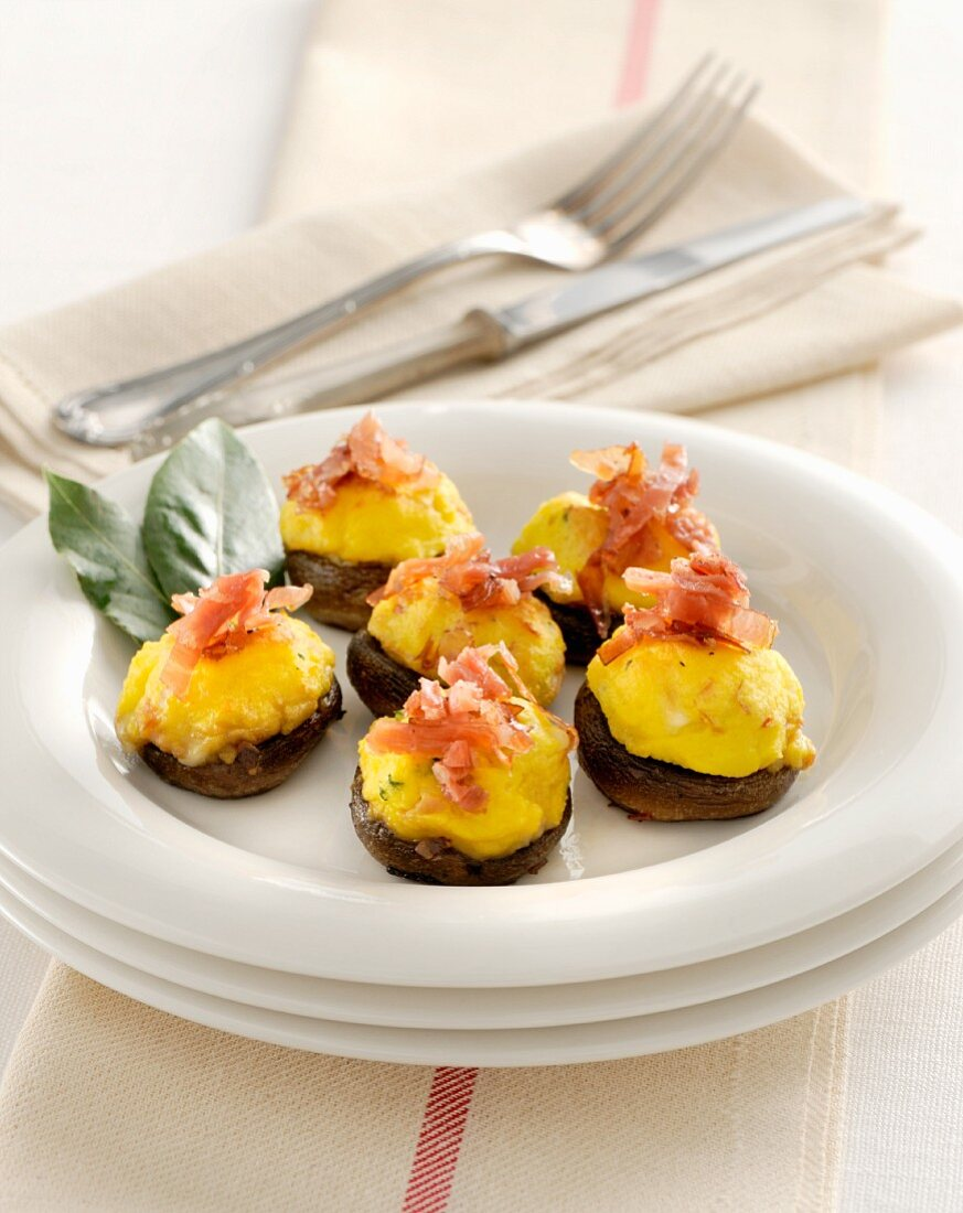 Stuffed mushrooms with Parma ham
