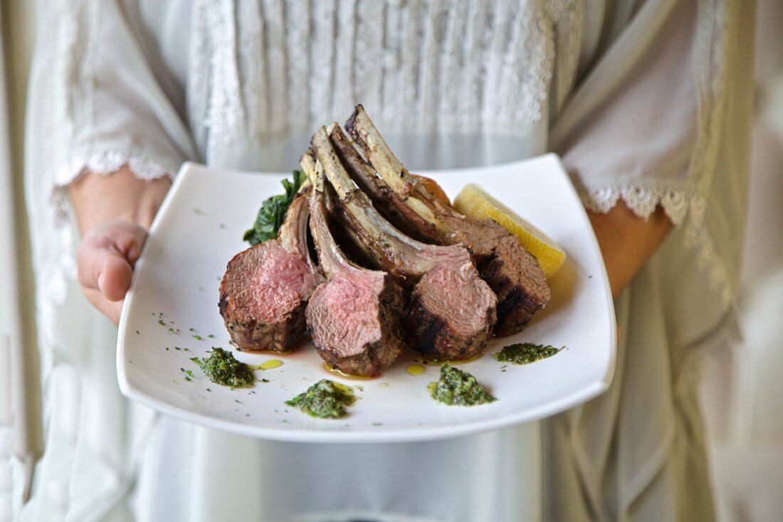Grilled lamb chops on a plate (Greece)