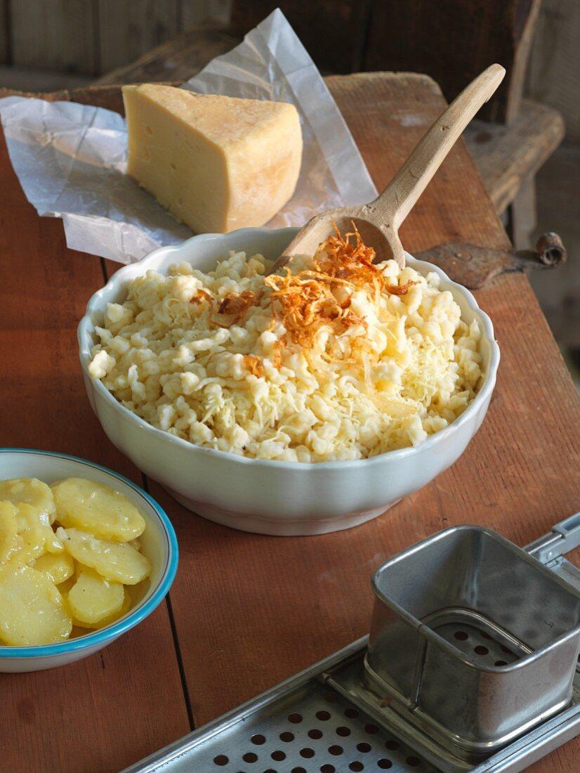 Käsespätzle mit Röstzwiebeln
