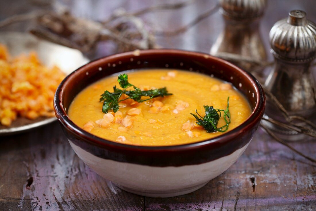 Cream of vegetable soup with lentils