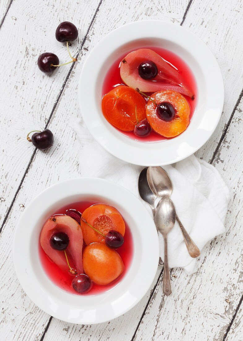 Poached fruit with vanilla
