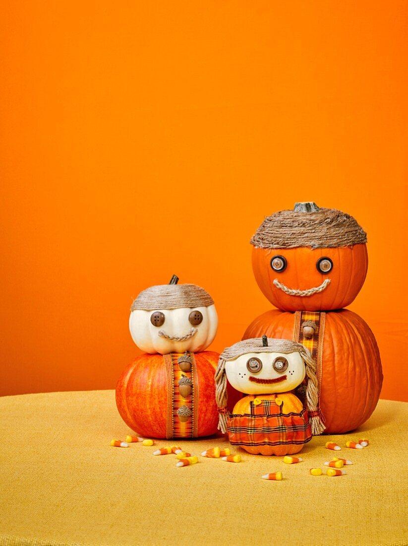 Halloween pumpkin family