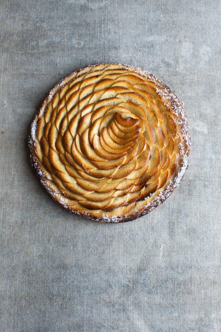 Tarte fine aux Pommes (French apple tart)