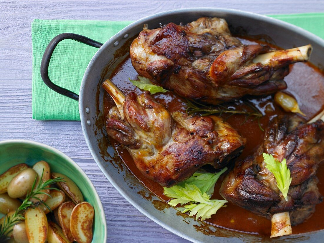 Braised lamb shank with garlic, thyme and rosemary