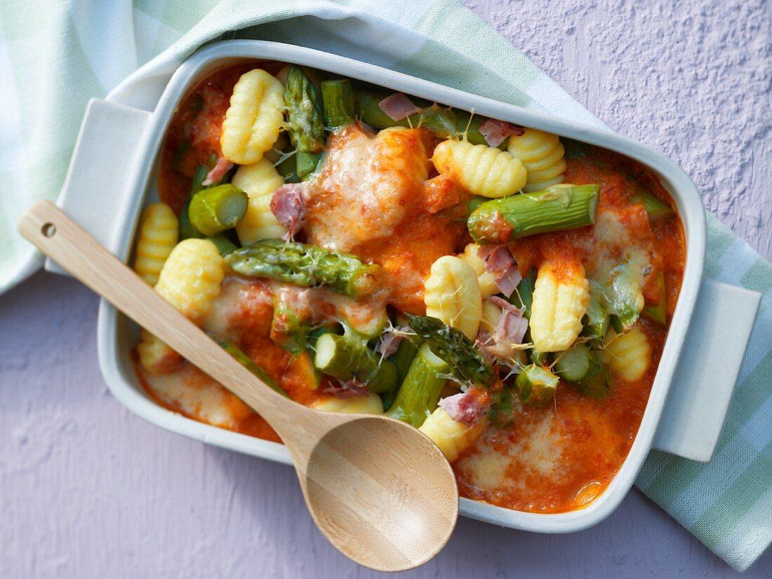 Gnocchi and asparagus bake with ham
