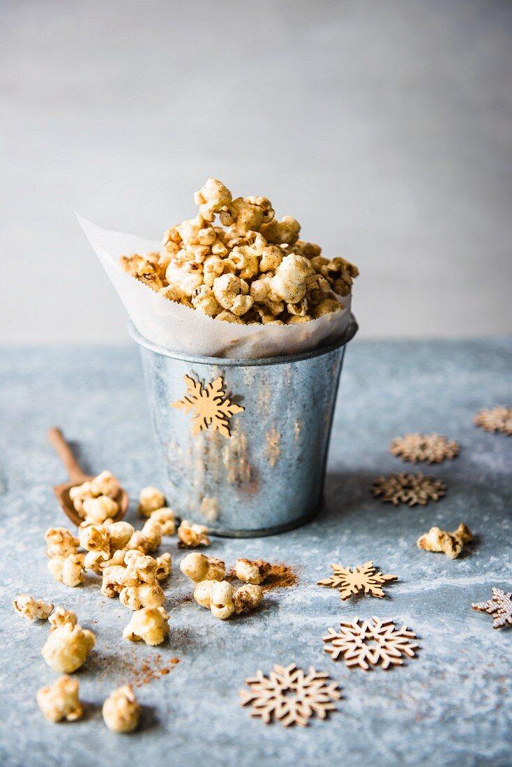 Honey & cinnamon popcorn for Christmas