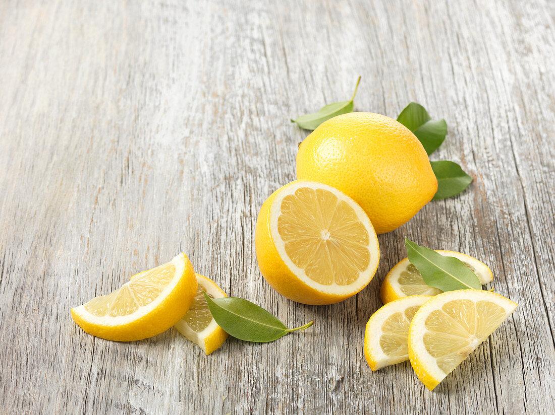 Lemons, whole and sliced