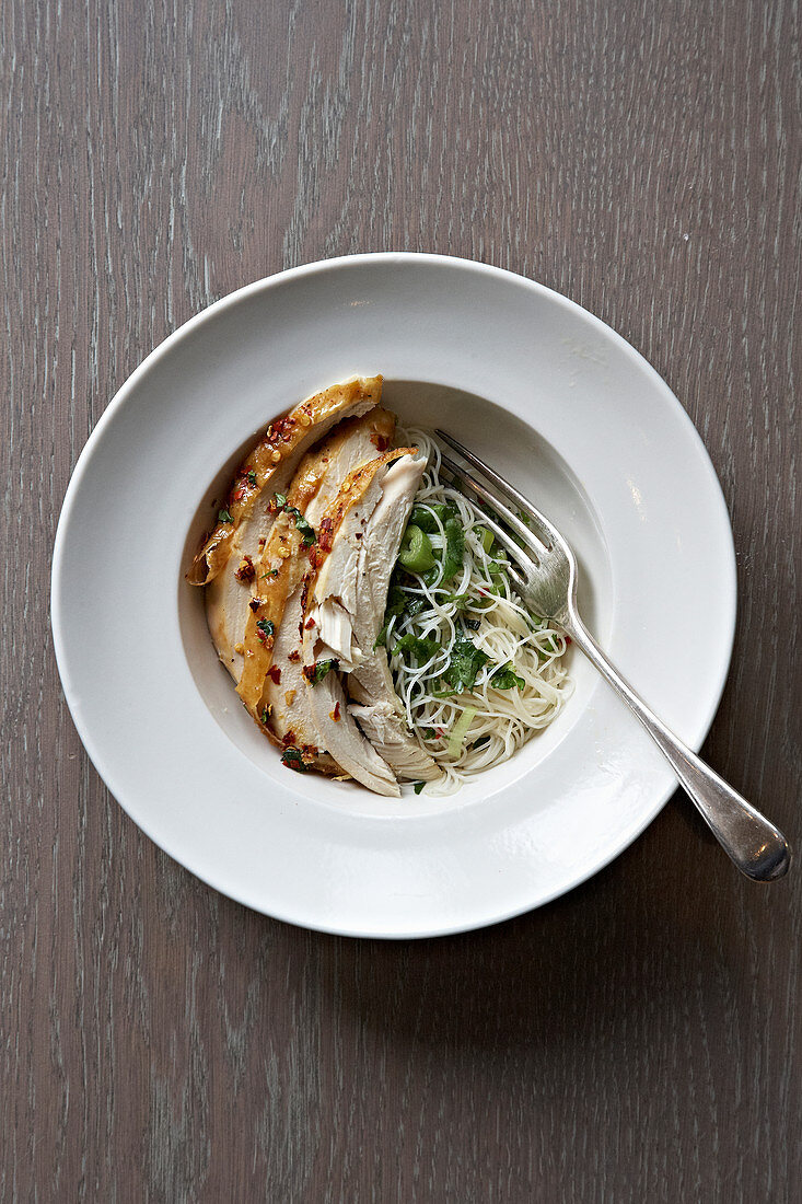 Chilli and garlic chicken with ginger noodles