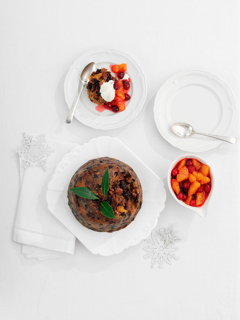 Xmas Pudding with clementine compote