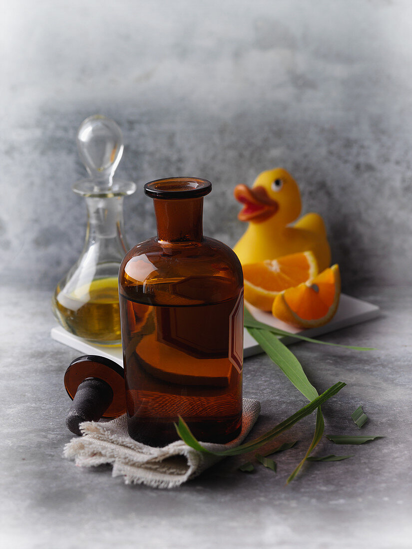 Bath oil made from essential oils and fragrance-free oils