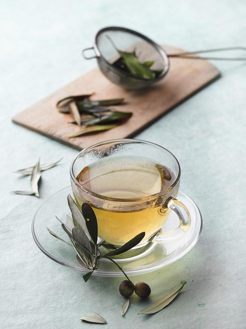Olive leave tea