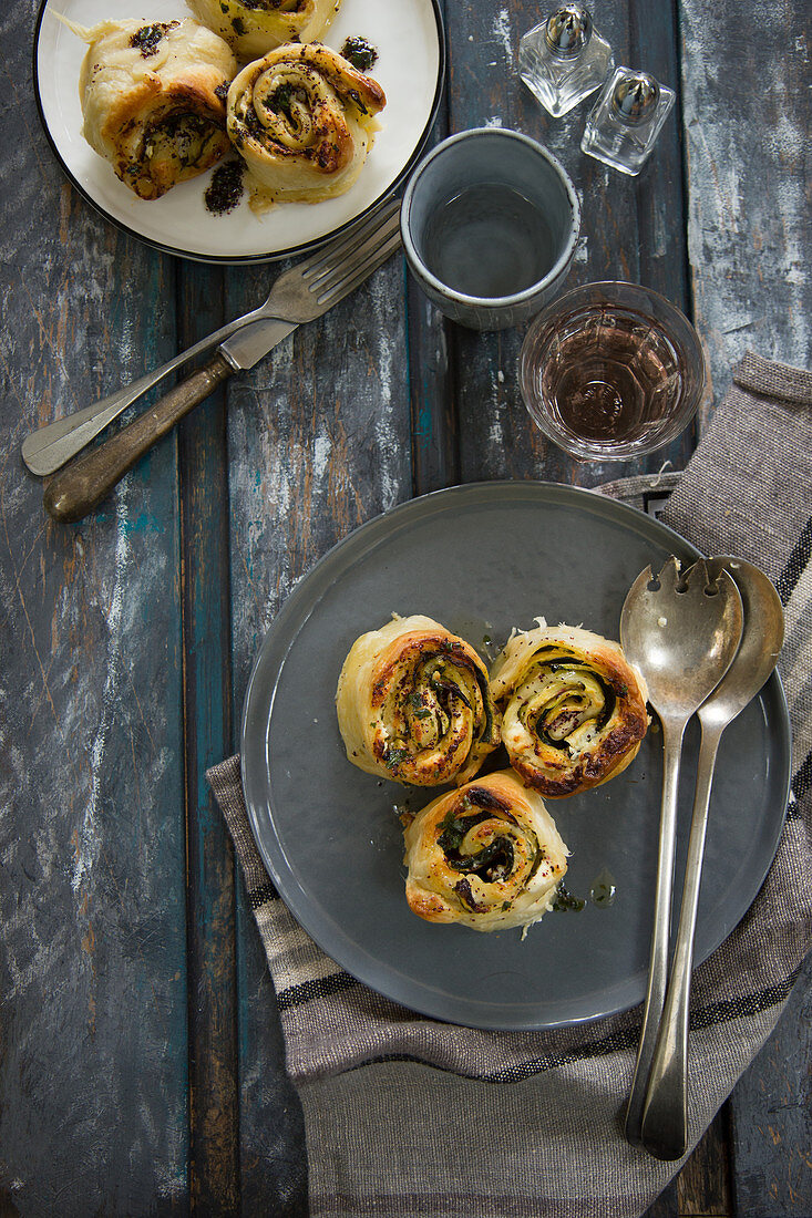 Spicy savoury buns with courgette and feta cheese (seen from above)