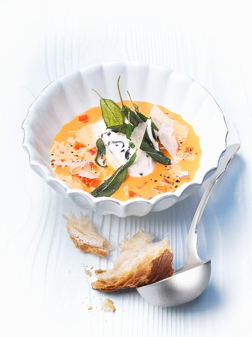 Pepper soup with mascarpone and pecorino