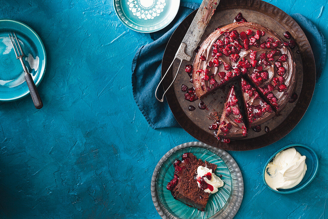 Beetroot cake with chocolate