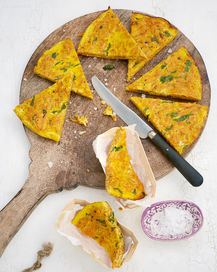 Quick curry and carrot frittata