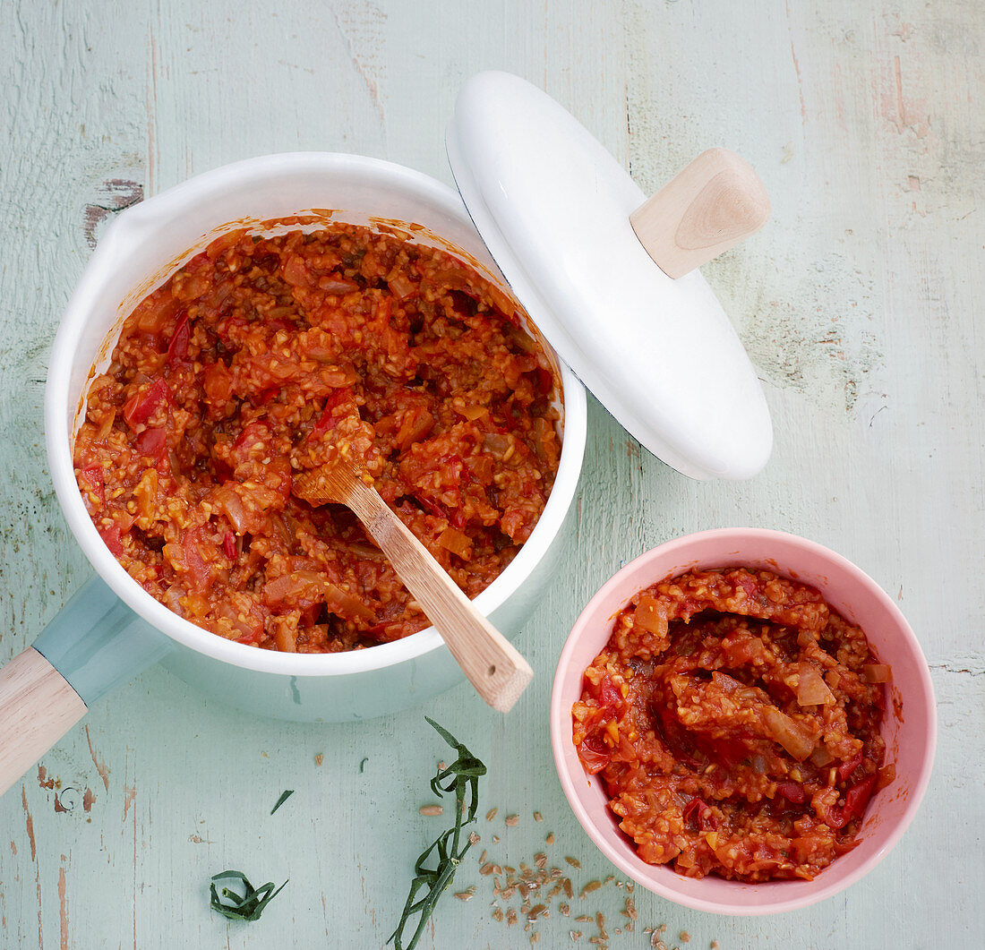 Pizza dip with whole grain freekeh
