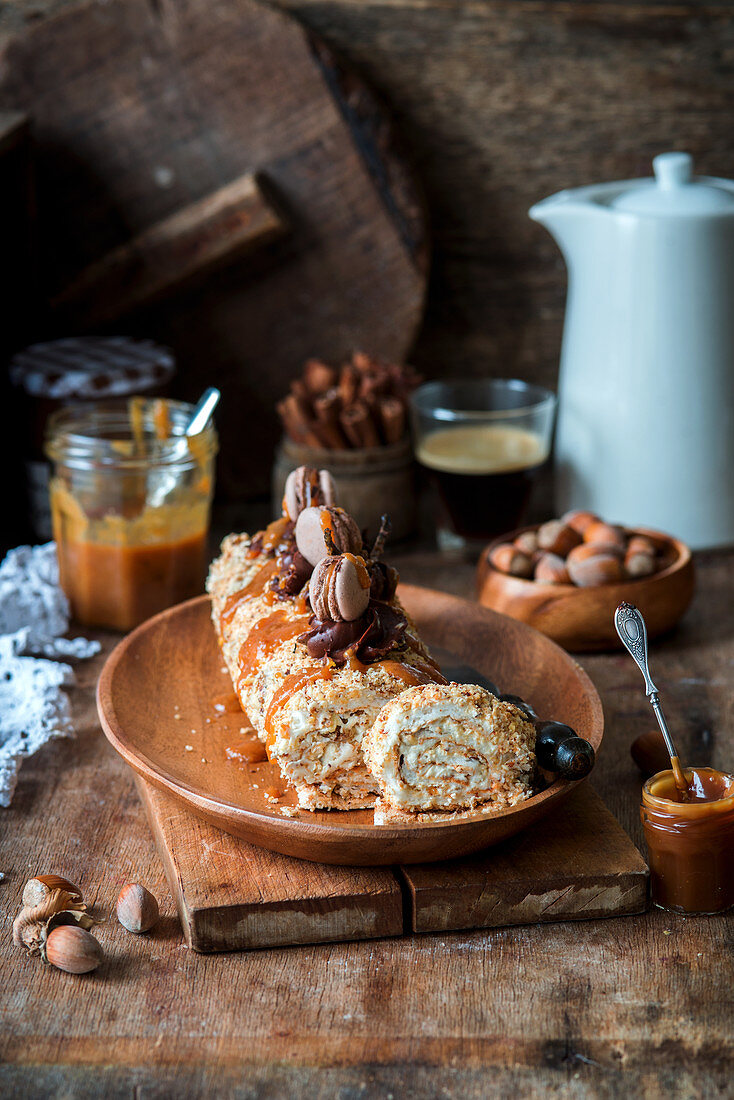 Meringue roll with hazelnuts and caramel