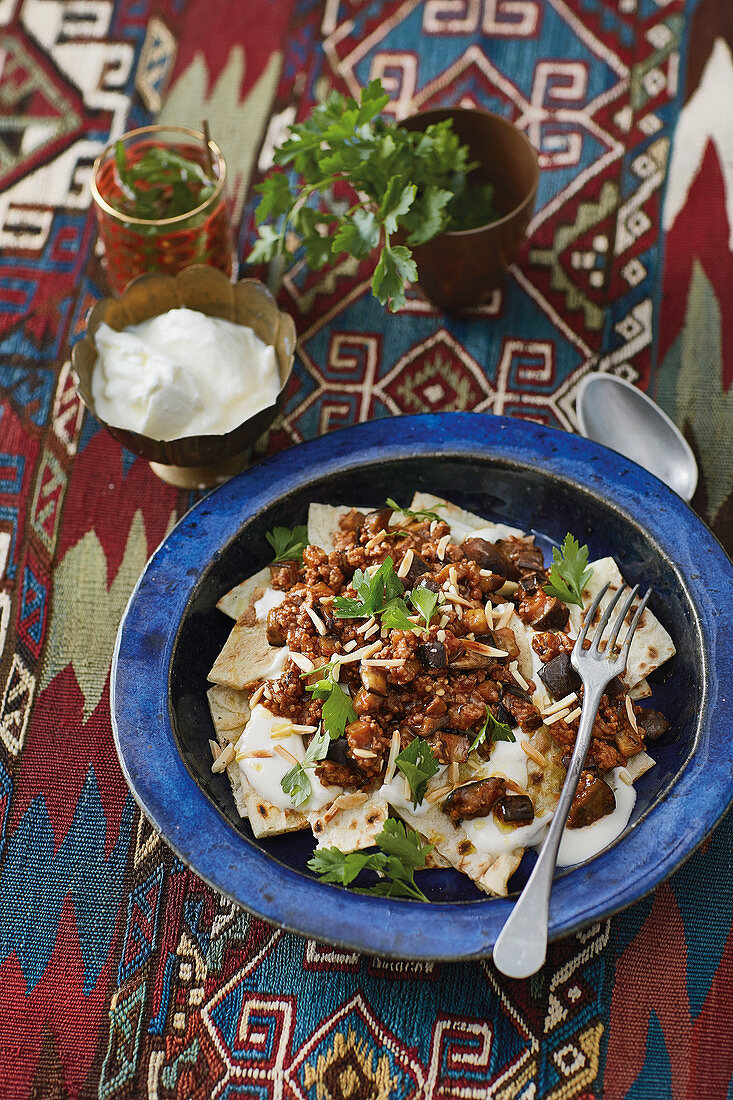 Fatteh Makdos (unleavened bread with an aubergine medley, Syria)