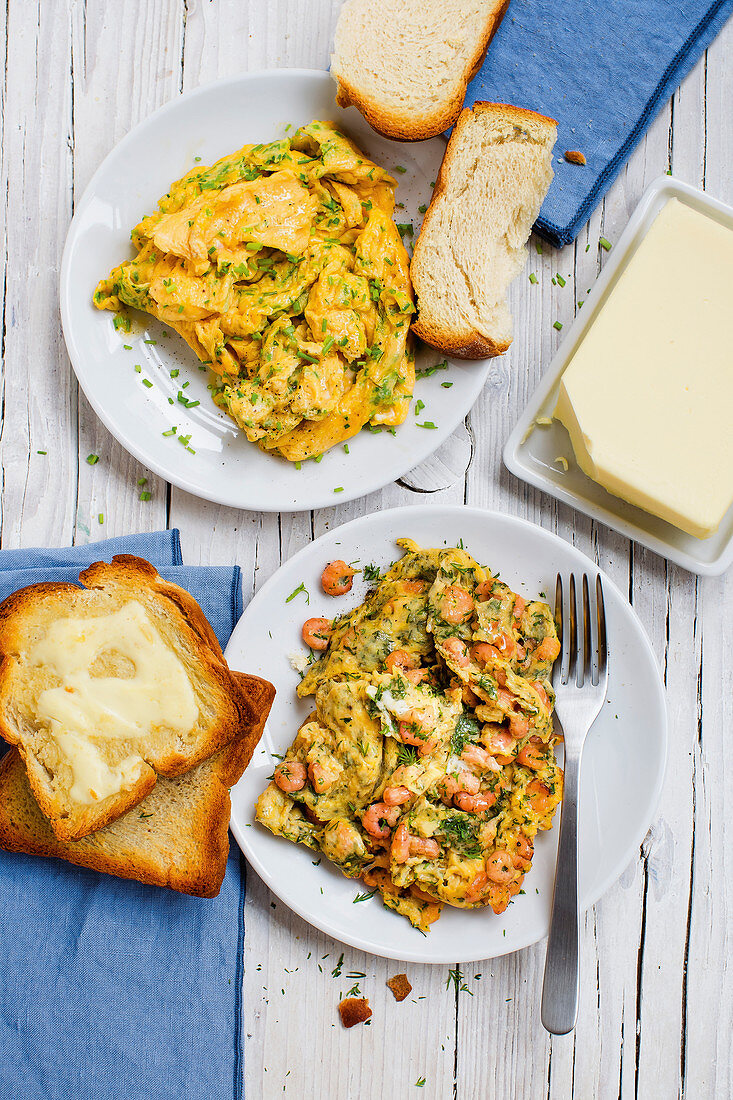 Chive scrambled egg and scrambled egg with shrimps and dill