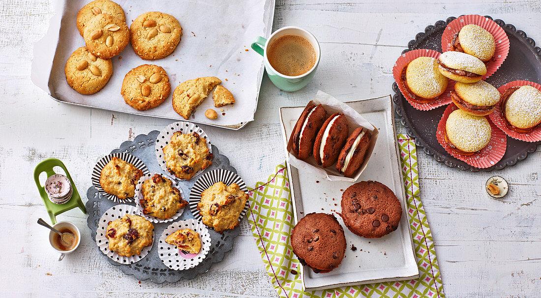 Cranberry-Muffins, Erdnuss-Cookies und zweierlei Whoopies