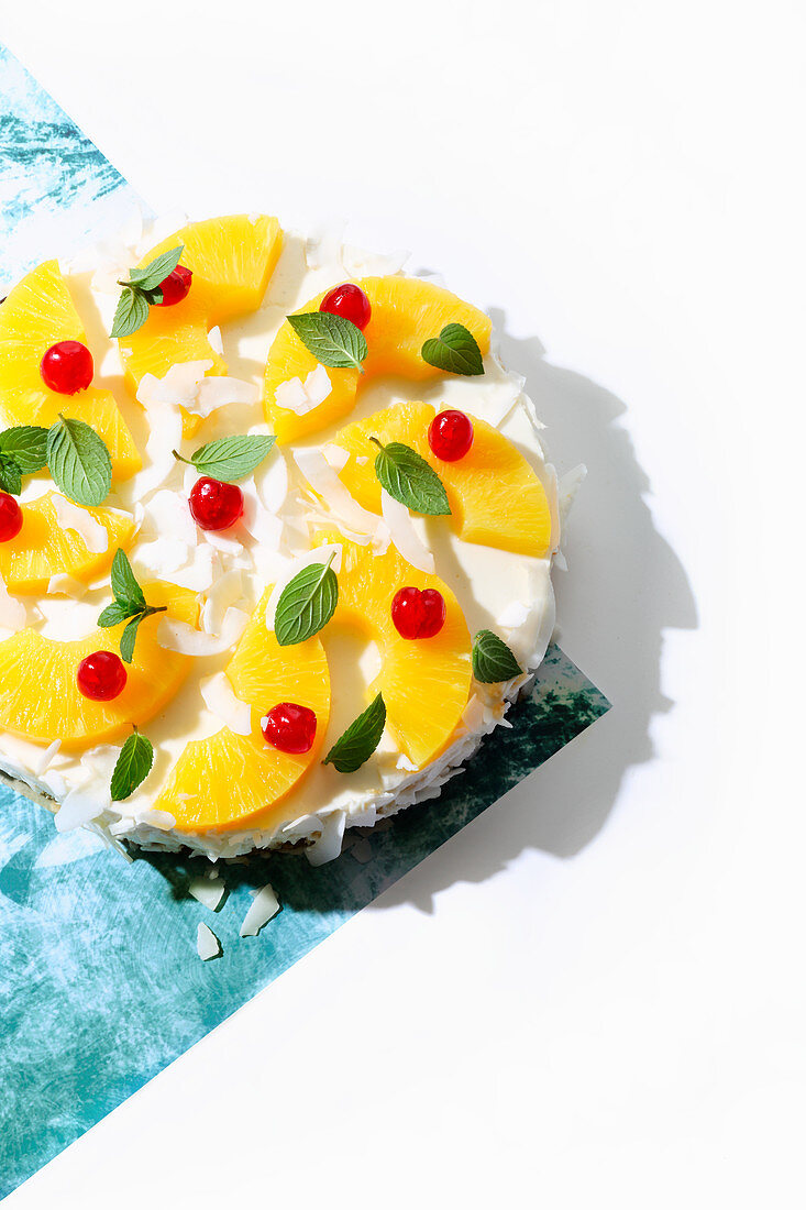Pina Colada cake (trend from the 1990s)
