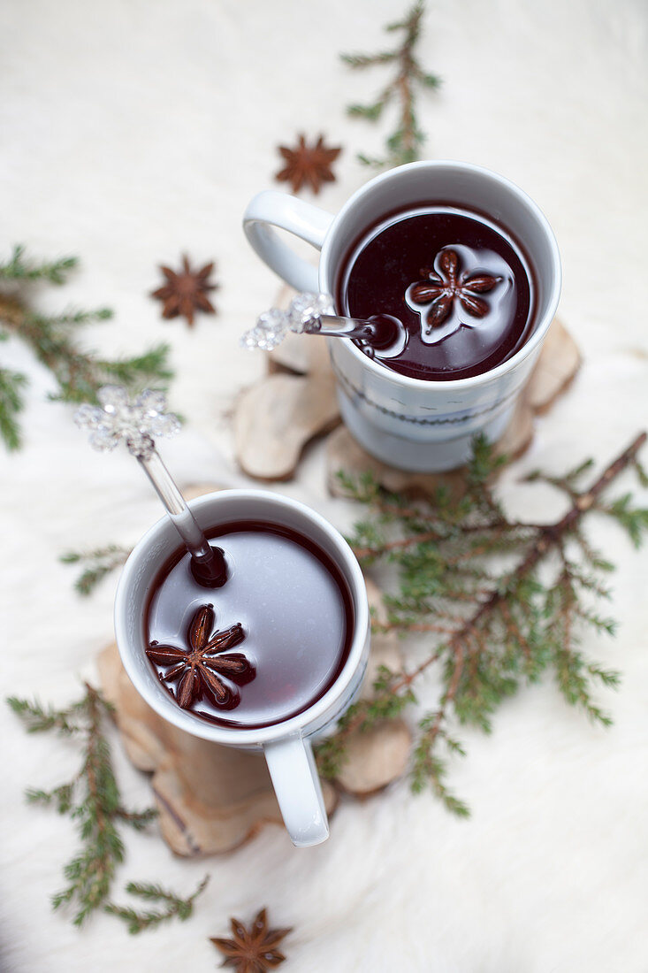 Hot spiced mulled wine