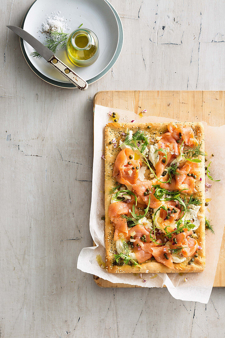 Pizza with cream cheese and smoked salmon