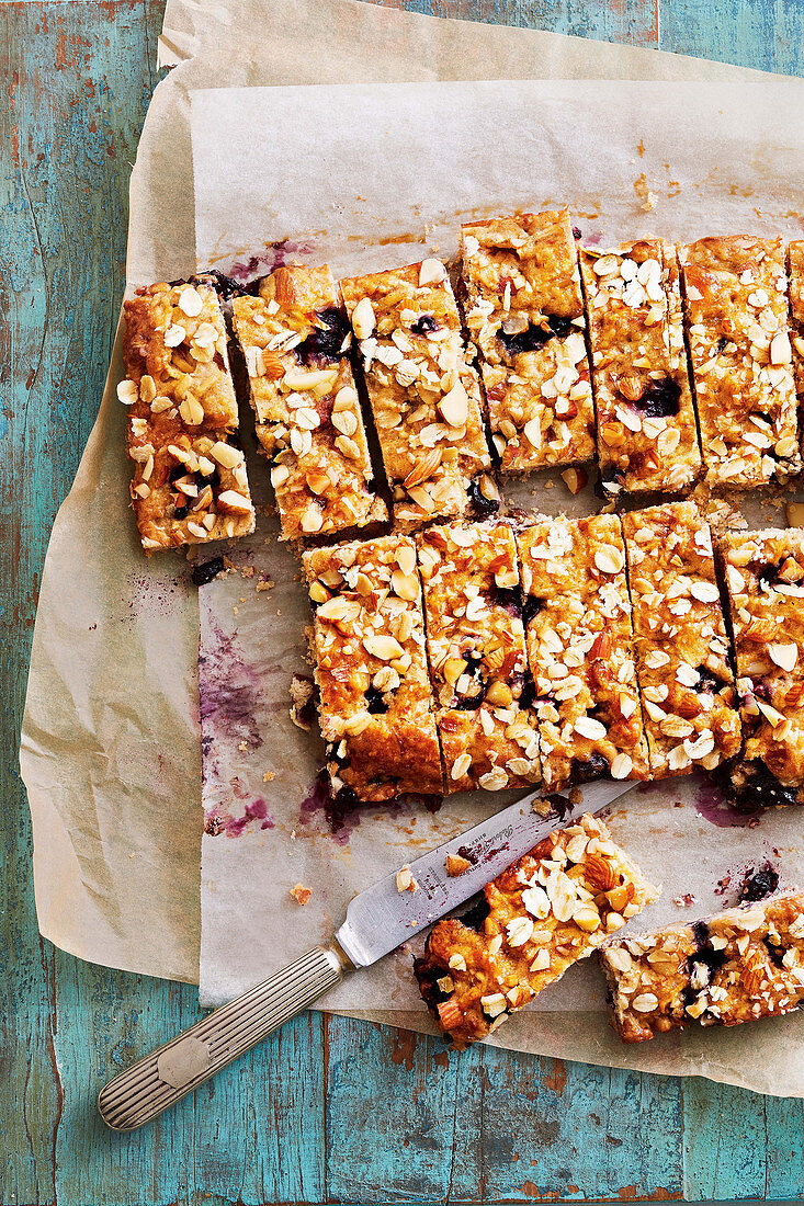 Crumble-topped blueberry and almond slice