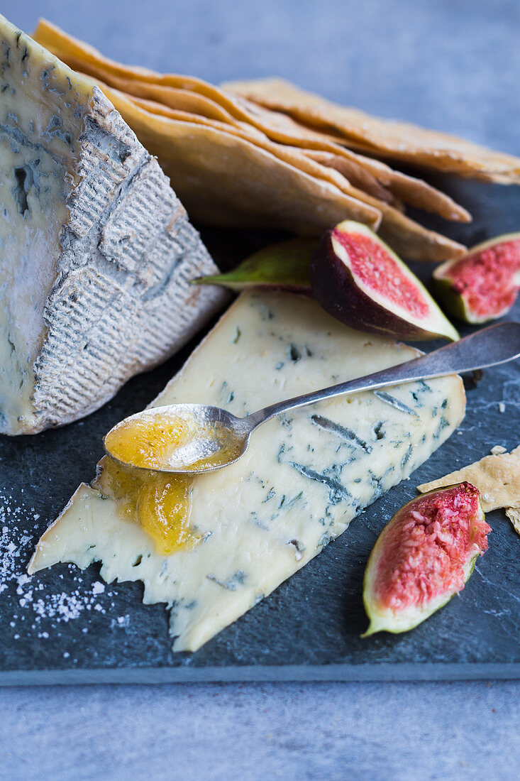 Blue cheese with quince jelly and fresh figs