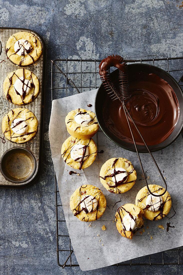 Campfire cookies