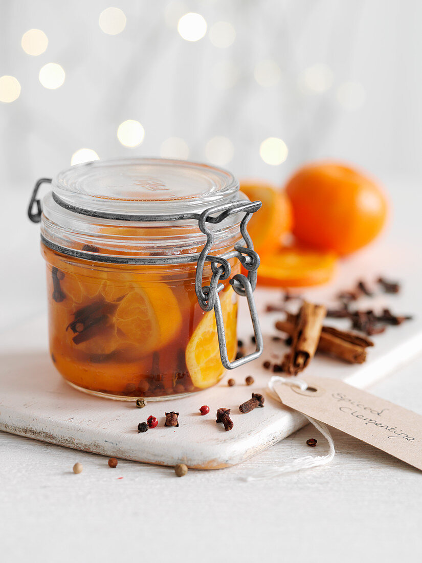Preserved spiced clementines