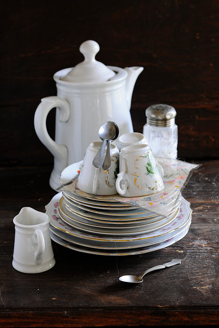 A old-fashioned coffee set