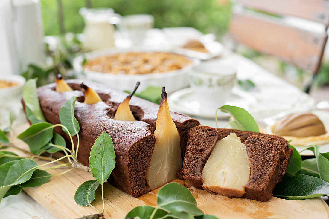 Chocolate and pear cake with ginger