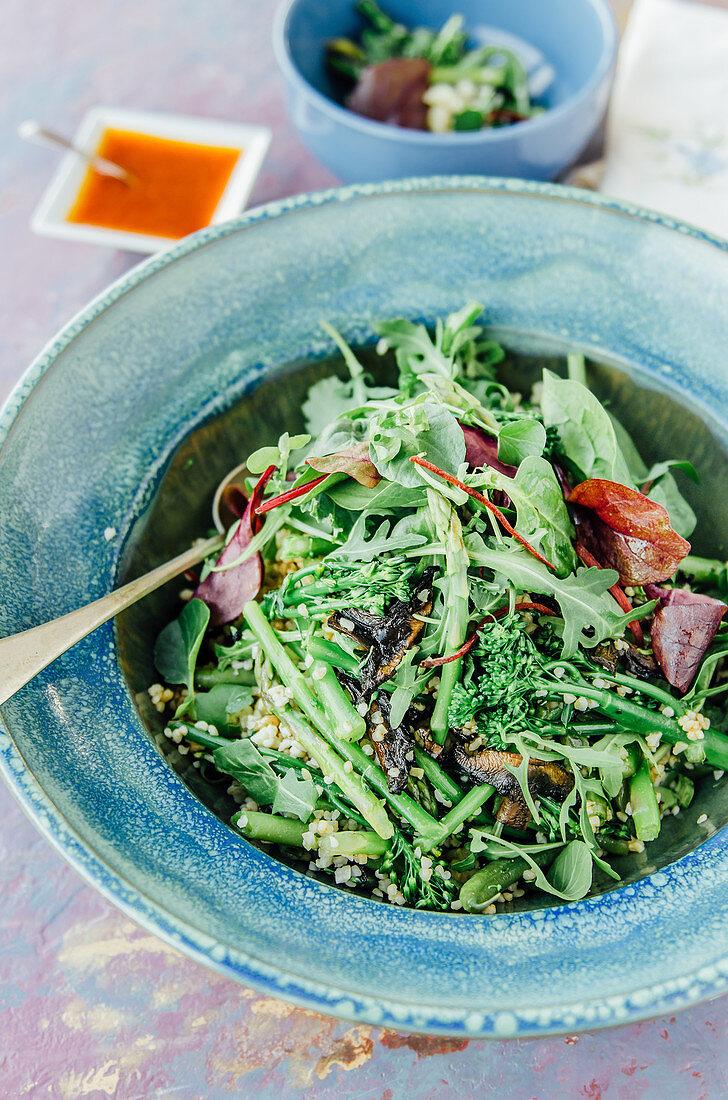 Green bean salad with asparagus