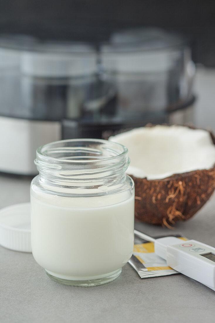 Homemade coconut yoghurt with agar-agar in a yoghurt maker (vegan)